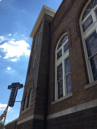16th Street Baptist Church: Exterior