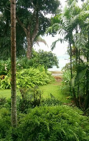 Fitzroy Island Resort: 1476499564805_large.jpg