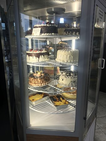 Whitby, Canada: Cakes