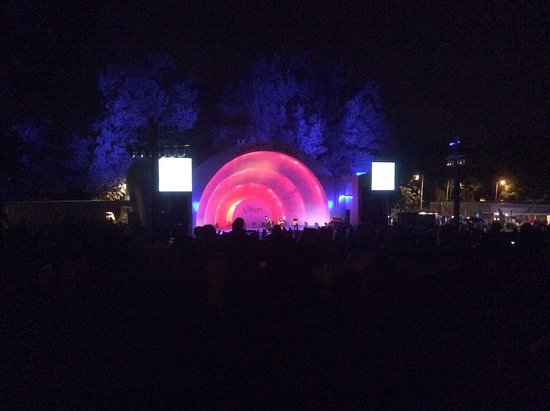 Levitt Shell: Cool thing to do in Memphis