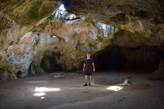 Santa Cruz, Aruba: Cave
