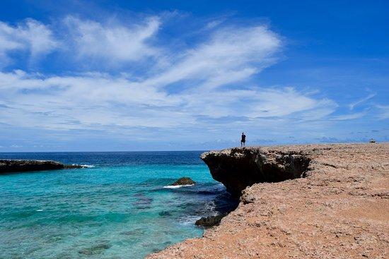 Santa Cruz, Aruba: Cliffs near Boca Prins Beach, across street from restaurant