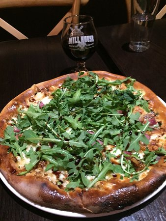 Poughkeepsie, NY: Fig and Pig Pizza