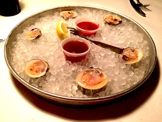 Glen Mills, PA: Started with clams on the half-shell