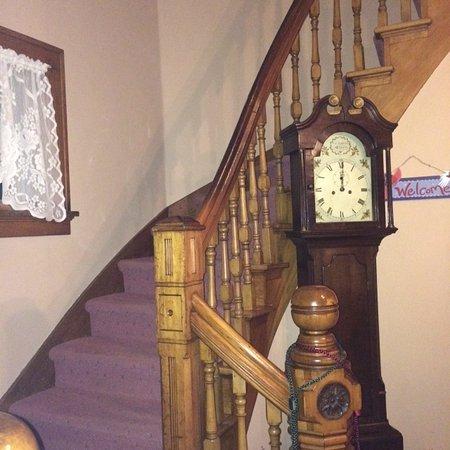 Abilene's Victorian Inn Bed & Breakfast: Stairway to Relaxing Heaven