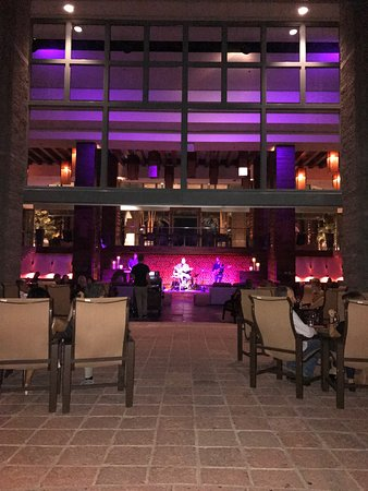 Hyatt Regency Scottsdale Resort and Spa at Gainey Ranch: Wine Me, Dine Me was an excellent chef's table experience.