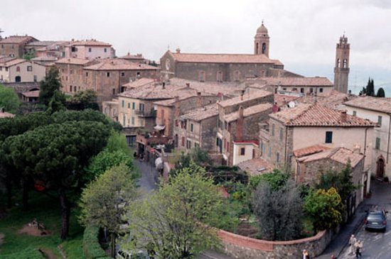 Montalcino, إيطاليا: View from Fortress