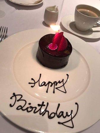 餐廳贈送生日小蛋糕