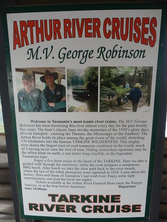 Arthur River, Αυστραλία: M.V. George Robinson 'red boat'