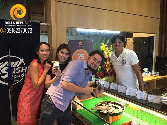 Metro Manila, Filipiny: Ms Marga Vargas News Anchor for Aksyon Tonite on Channel 5