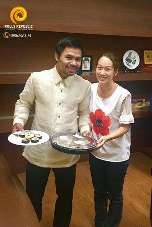 Metro Manila, Filipiny: Senator Manny Pacquiao / World Boxing Champion with Rolls Republic
