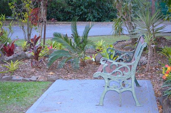 Landsborough, Australië: Lovely gardens