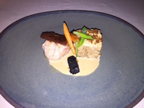 Cala Blava, สเปน: Main course Meat : duo of grouper and pulled pork belly