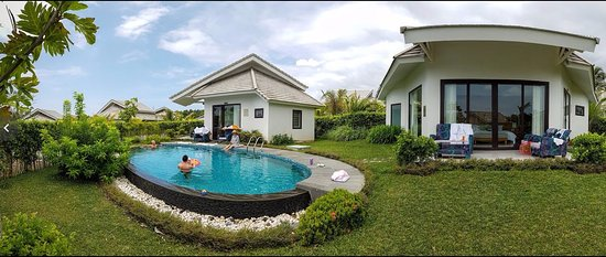 Two Villas With Shared Pool Picture Of The Shells Resort And Spa