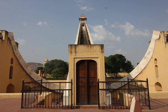 Jantar Mantar - Jaipur: main timepiece