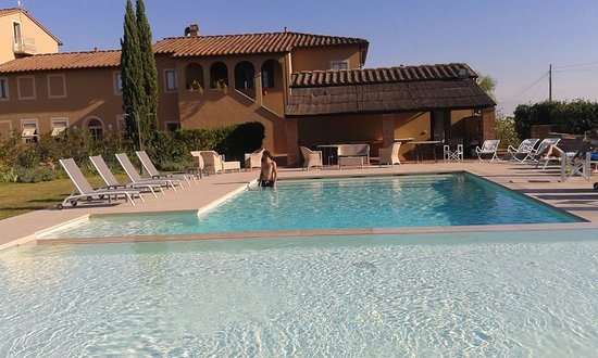 Ponsacco, Włochy: buongiorno al resort