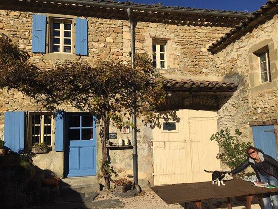 Mornans, Francja: Un gîte magnifique et  authentique