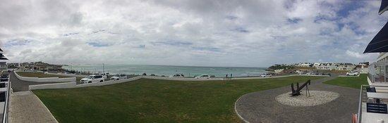 Arniston, Republika Południowej Afryki: Lovely view from the terrace