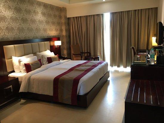 Suite room picture of the acacia hotel spa goa for Acacia salon amherstburg