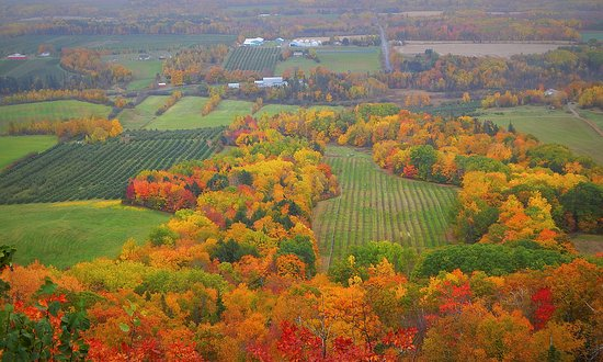 Canning, แคนาดา: Autumn in the Annapolis Valley as seen from The Look Off