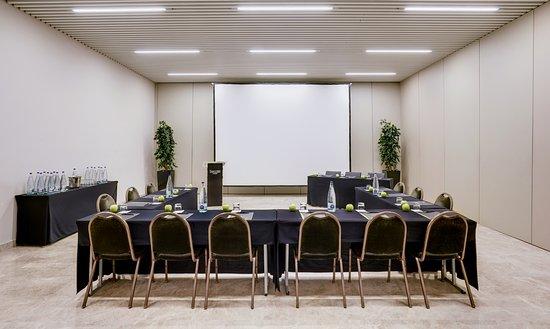 Montcada i Reixac, Spanien: Salones de Reuniones