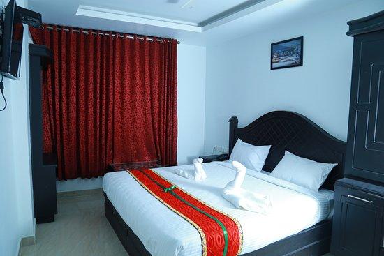Aarya Bhavan Residency