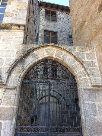 Saint Junien, Francja: photo2.jpg