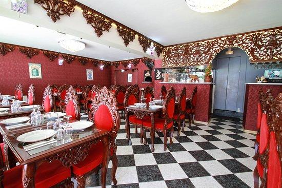 Tresserve, ฝรั่งเศส: vu de l'entrée du restaurant taj mahal