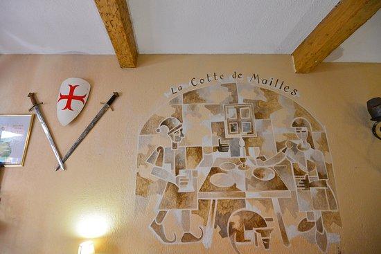 La Cotte de Mailles: The Wall