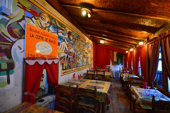 La Cotte de Mailles: They have a Private Room which could Accommodate Large Group