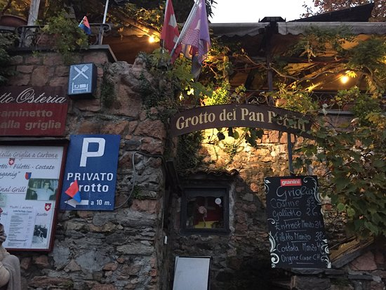 Carona, Switzerland: Entrance to the Grotto