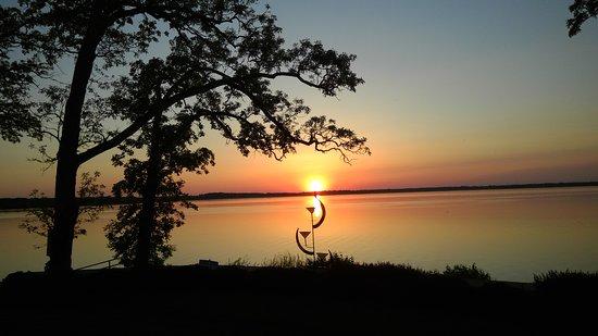 Milton, WI : Buckhorn sunset
