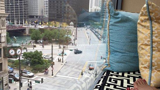 Kimpton Hotel Monaco Chicago: Fantastica vista desde el sofa planta sexta