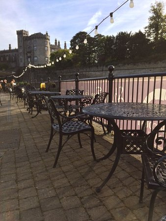 Kilkenny River Court Hotel: View from the Hotel terrace