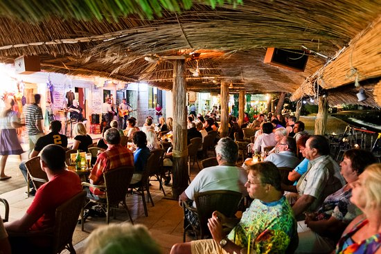 Podgora, Croatia: Banana Bar sumer night