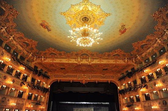Teatro Goldoni : 古典的歐洲風味