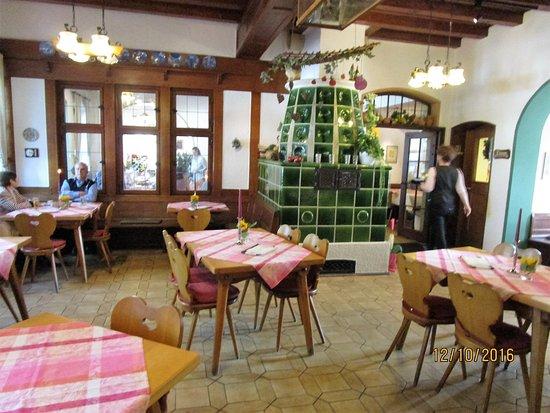 Wachenheim an der Weinstrasse, Germany: Gemütliche Gaststube
