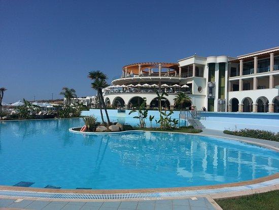 Lachania, กรีซ: piscine et atrium