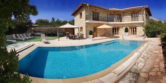 Shemesh Villa
