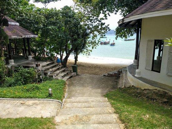 Phi Phi Bayview Resort: IMG_20161022_192330_large.jpg