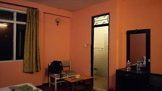 Hotel Silver Home: DSC_0038_large.jpg