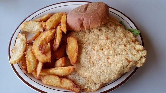 Mendota, IL: Flavorless Tenderloin and Over Done Fries.