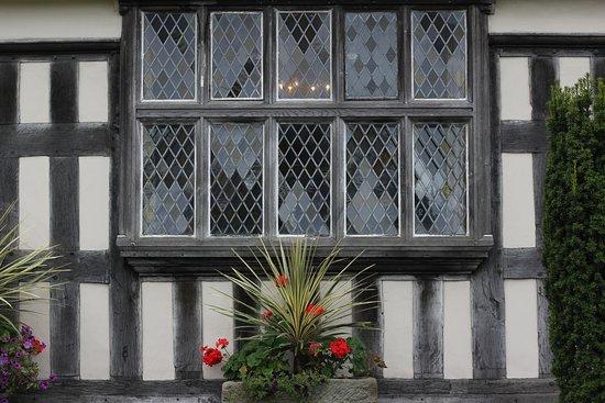 Churches Mansion Nantwich 131016