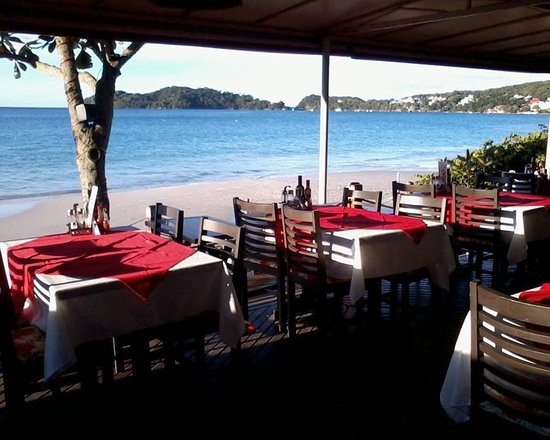 Moenda Calamares Restaurante Bombinhas - SC: c/ vista ao mar