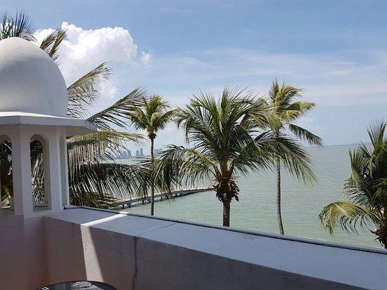 Eastern & Oriental Hotel: IMG-20161022-WA0007_large.jpg