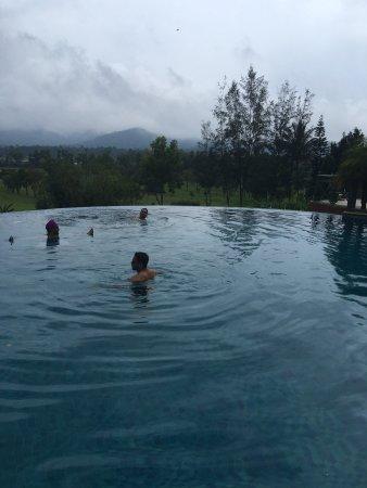 Amritara Ambatty Greens Resort Photo