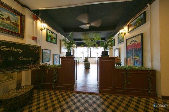Orchid Hotel : Gallery Garden at 5th Floor