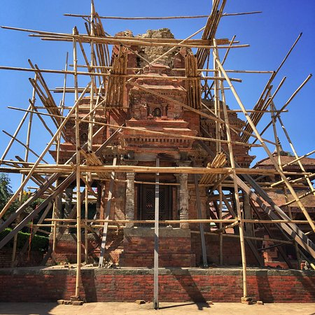 Bhaktapur, Nepal: Beautiful place worth a visit. I easily spent a couple of hours wondering around. Impressive in