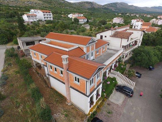 Grebastica, كرواتيا: Vista del ristorante Stari Sibenik
