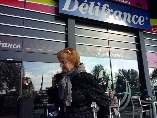 Spijkenisse, Holland: Bij mooi weer heerlijk buiten zitten
